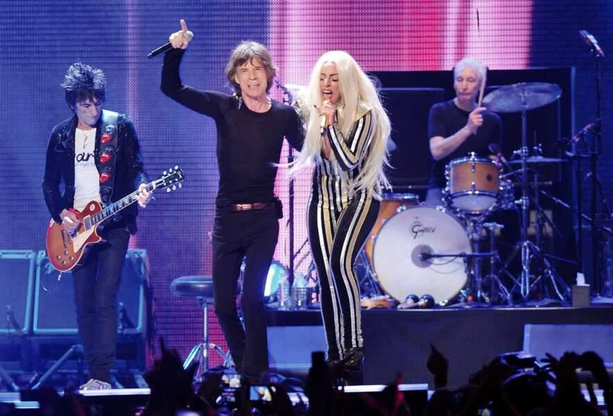 Mick Jagger et Lady Gaga en duo lors d'un concert des Rolling Stones le 15 décembre 2012