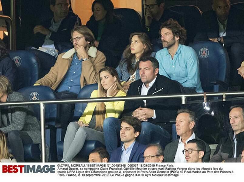 Ophélie Meunier et son mari Mathieu, aussi concentrés que Arnaud Ducret et sa compagne Clara