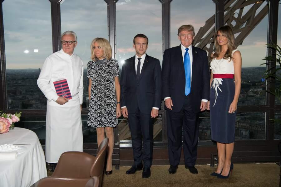 Donald et Melania Trump ont donc eu droit à un dîner privé au restaurant Jules Verne d'Alain Ducasse