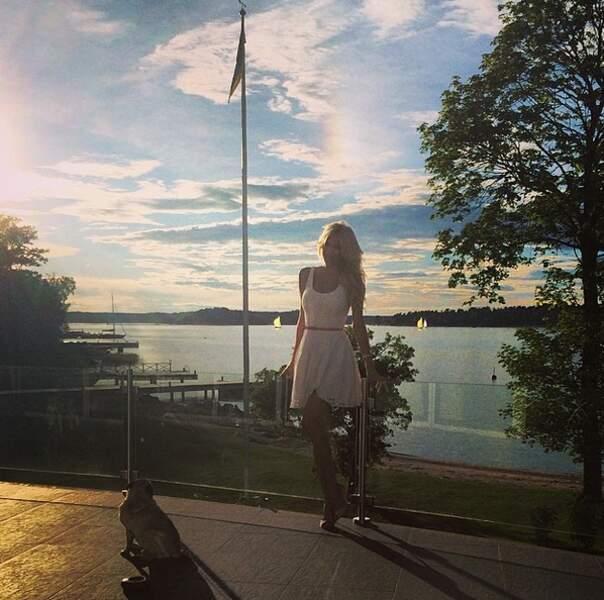 Victoria Silvstedt, divine en Suède