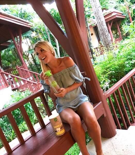 Elle l'a retrouvé en Thaïlande, où elle tourne sa prochaine émission pour NRJ12, Ex on the beach.