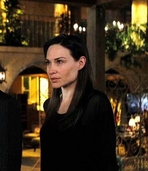 Claire Forlani est connue pour avoir joué Lauren Hunter