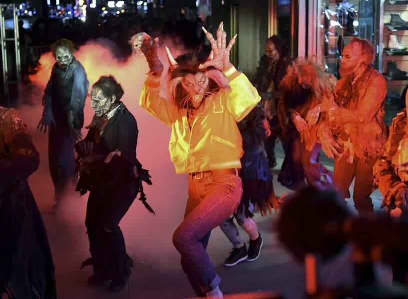 Heidi Klum et ses danseurs sur Time Square