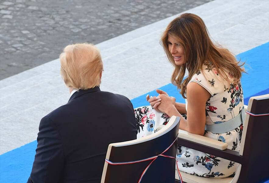 Melania et Donald Trump à la tribune présidentielle lors du défilé du 14-Juillet