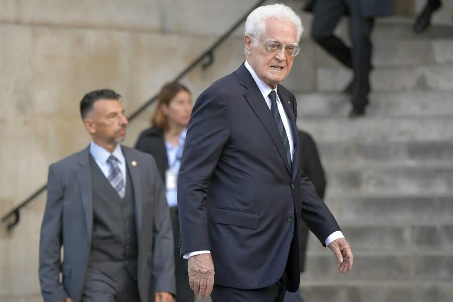Lionel Jospin a rendu hommage à Jacques Chirac.