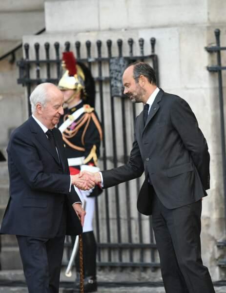 Edouard Philippe a accueilli les personnalités devant l'Eglise Saint Sulpice.