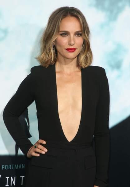 Natalie Portman a osé un décolleté vertigineux