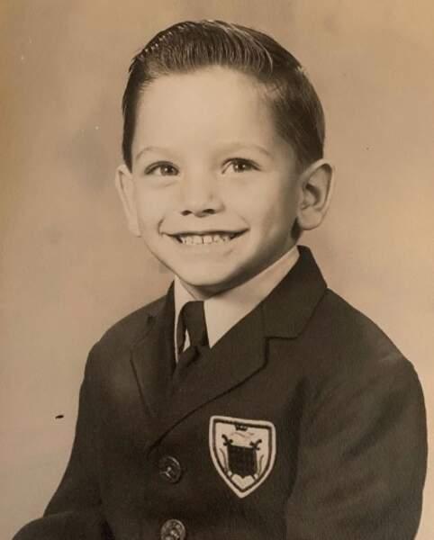 Et John Stamos est retombé en enfance.