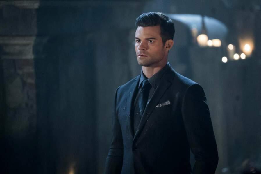 Plus diplomate, son frère, Elijah, n'a rien à lui envier…