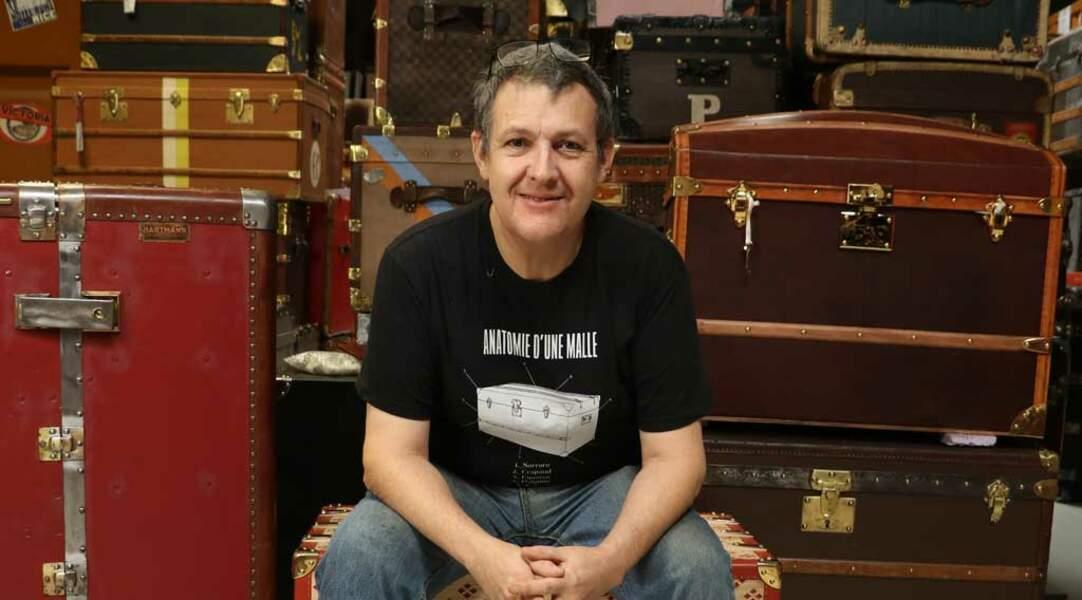 Jean-Philippe aime tellement son métier de malletier qu'il a créé un musée de la bagagerie !