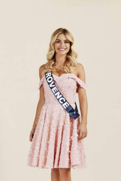 Voici la photo officielle de Miss Provence