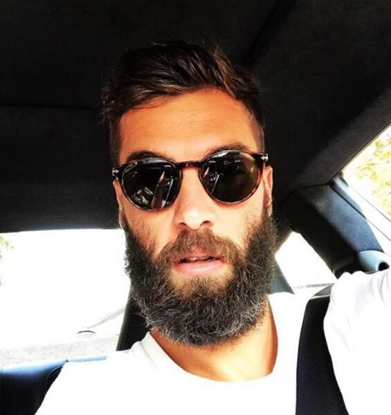 Benoît Paire affiche sa grosse barbe