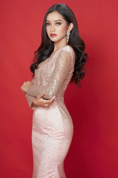 Miss Cambodge : Alyna Somnang