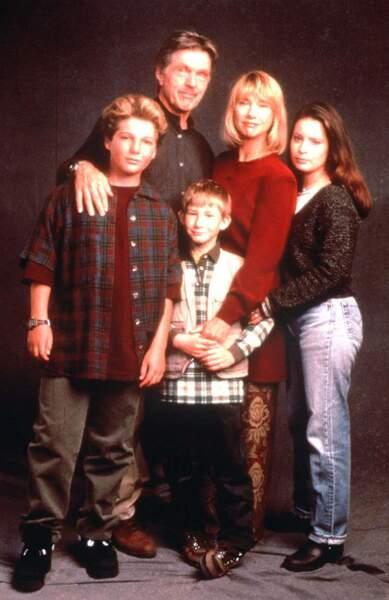 Et toujours en 1992, elle rejoint la série Un drôle de shérif. La fiction dure quatre saisons