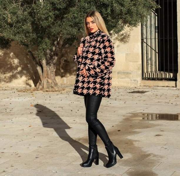 Lou Ruat est une Miss qui aime particulièrement la mode