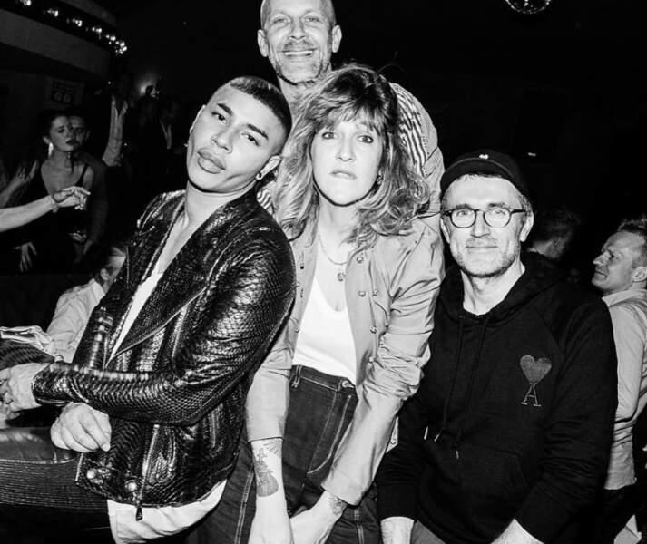 Mais elle est aussi pote avec Olivier Rousteing et Loïc Prigent… ah monde de la mode quand tu nous tiens!