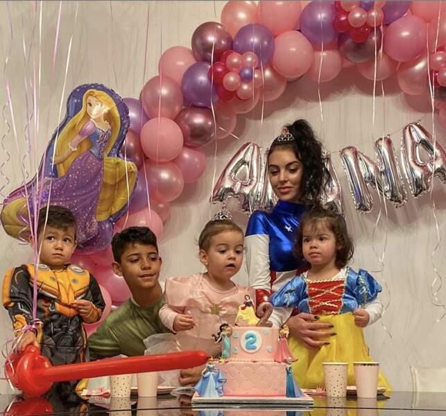Ensemble, ils ont donné naissance à une petite Alana Martina, aujourd'hui âgée de 2 ans