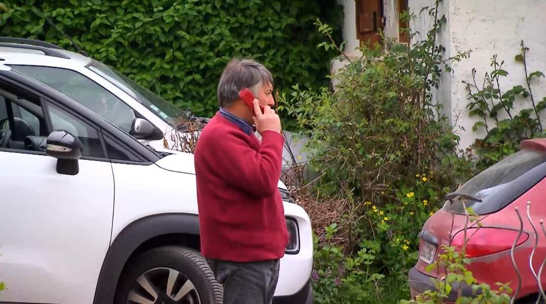 Un grand merci à Didier pour nous avoir rappelé l'existence des téléphones à clapet. Tremblez Doc et Marty !