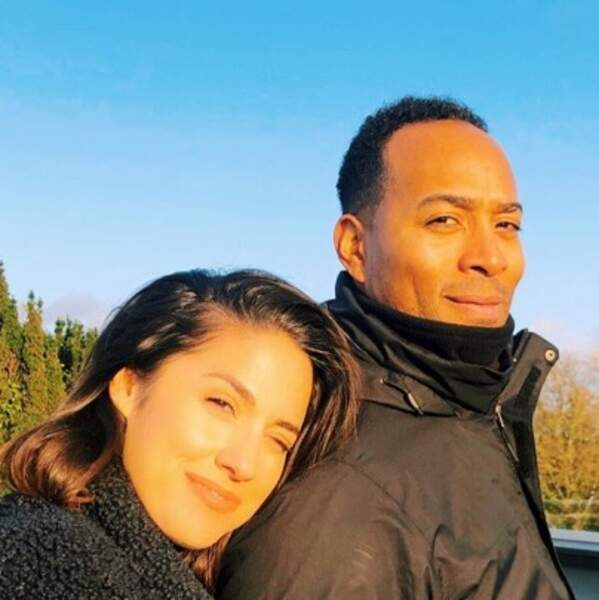 Selfie en amoureux pour Charlotte Namura et Jean-Luc Guizonne.