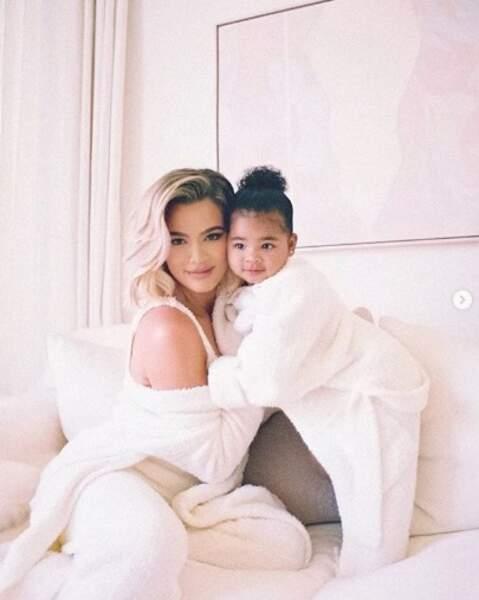 Tout aussi craquant : Khloé Kardashian et sa fille True.