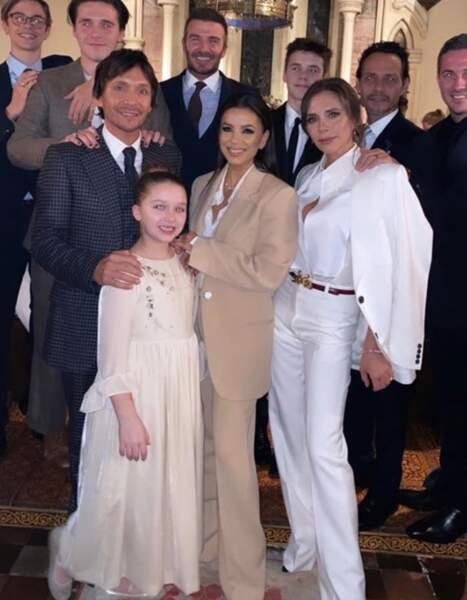 Réunion de famille pour les Beckham et leurs proches pour le baptême de Cruz et Harper Seven.