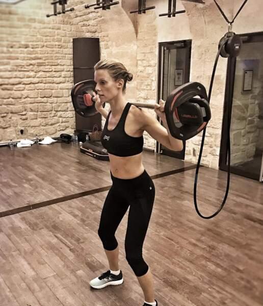 Pour se maintenir en forme, Sylvie Tellier fait de la musculation régulièrement en salle