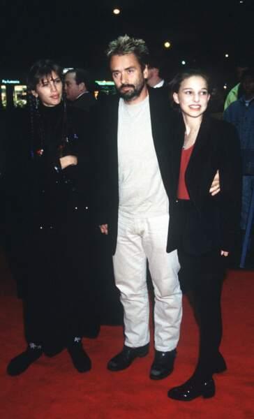 1994 : elle fait la promo du film à New York en compagnie du réalisateur et de son épouse Maïwenn