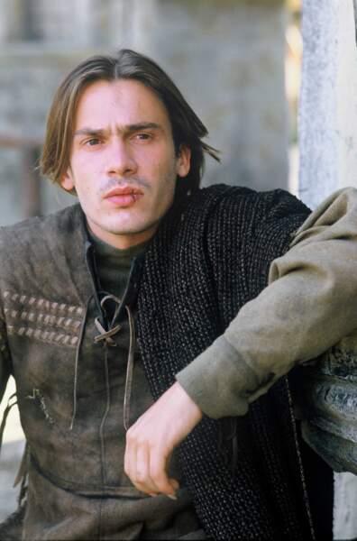 """1987. Il est le personnage central du téléfilm """"La vie de Francois Villon"""", une fresque médiévale."""