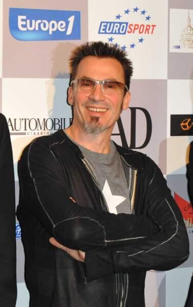 2010 Florent est un artiste accompli qui enchaîne les succès. Il se partage entre la France, Miami et la Patagonie, où il endosse son costume de Gaucho.