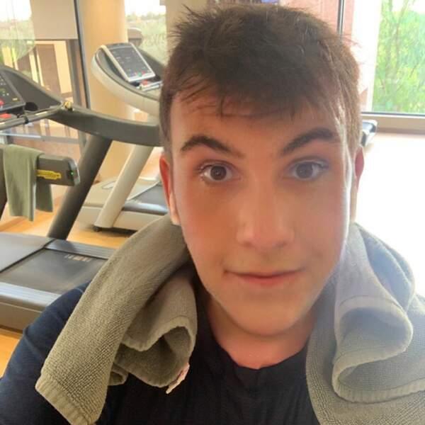 Ta dam, voici à a quoi ressemblait Laurent Ournac jeune !