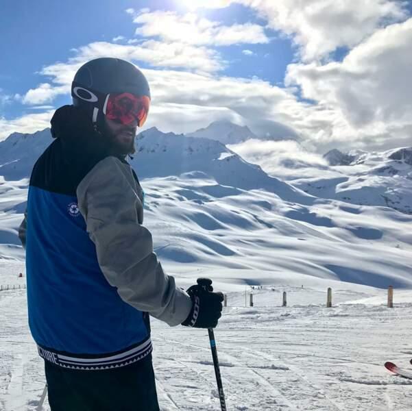 Ce qu'il aime le plus, ce sont les vacances au ski