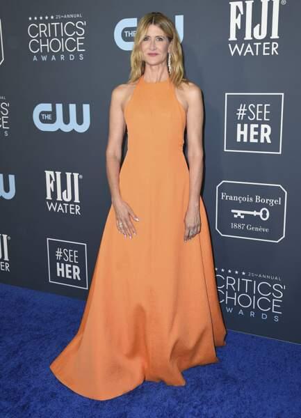 Laura Dern était resplendissante en orange ! Elle a gagné l'award de la Meilleure actrice dans un second rôle dans Marriage Story