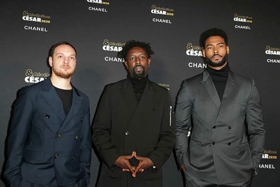 Ladj Ly, réalisateur des Misérables, avec deux de ses principaux acteurs, Alexis Manenti et Djebril Zonga