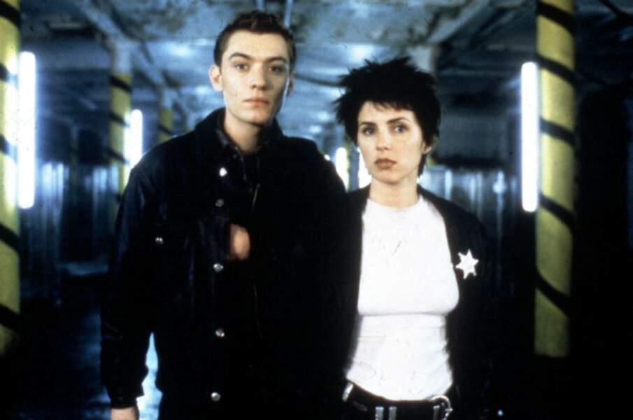 Jude Law débute sa carrière avec le film Shopping en 1994