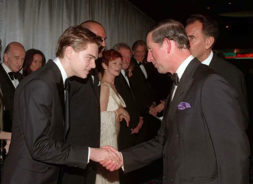 Une notoriété qui lui vaut également d'être présenté au prince Charles d'Angleterre lors de l'avant première du film à Londres