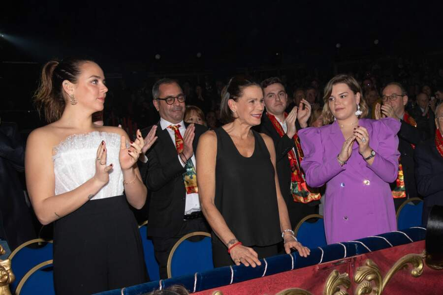 Pauline Ducruet, la princesse Stéphanie et Camille Gottlieb au Festival du cirque de Monaco vendredi 17 janvier 2020