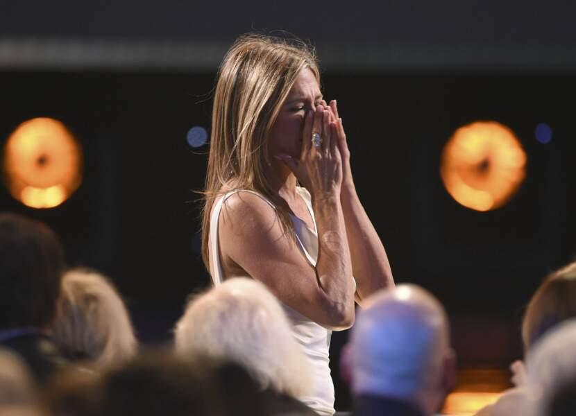 """Jennifer Aniston, émue de remporter le trophée de la meilleure actrice dans une série dramatique pour """"The Morning Show"""""""