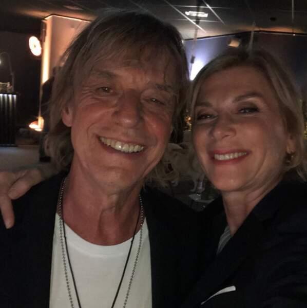 Côté selfie, Michèle Laroque fait de la concurrence à Liane Foly