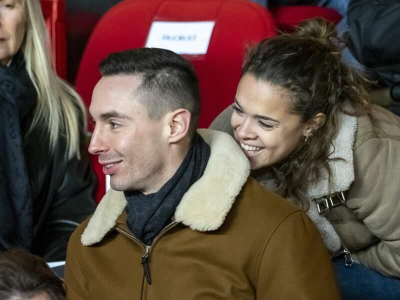 Grand frère attentionné, Michael Ducruet est là aussi pour son frère, en compagnie de sa fiancée Oriane