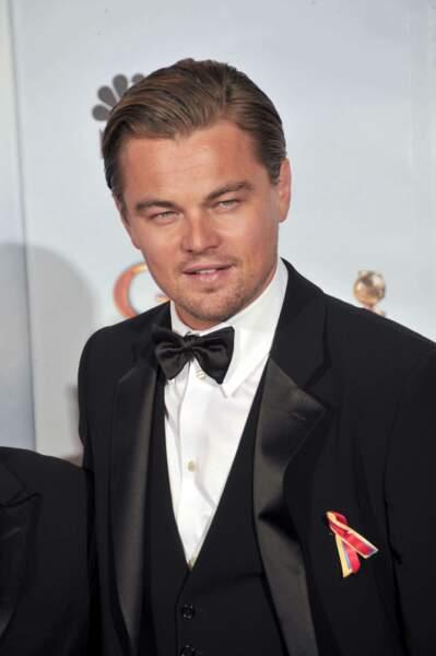 """2010 : retour au smoking à l'occasion des Golden Globes. Cette année encore, Leonardo n'a pas chômé : """"Shutter Island"""" et """"Inception"""" sont à son actif !"""