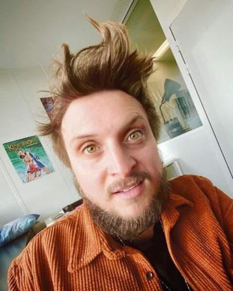 Et voici le résultat quand McFly ne se rase pas ni ne se coupe les cheveux pendant deux mois.