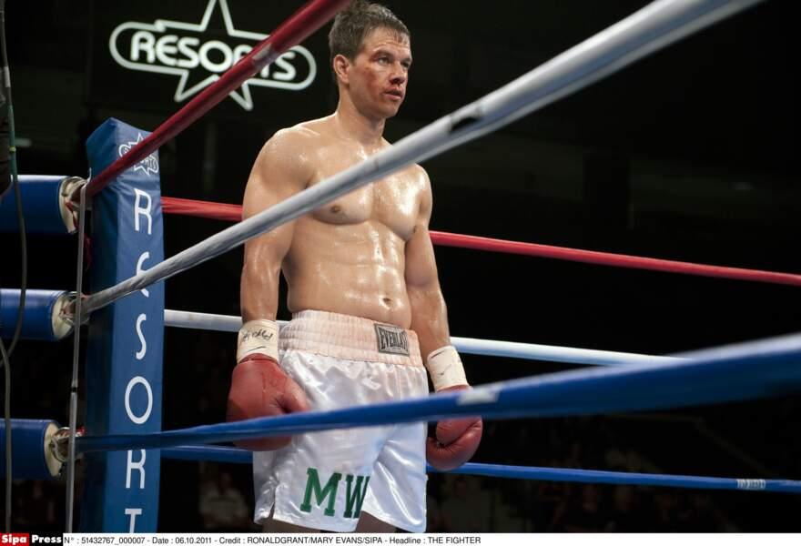 Boxeur en quête de gloire dans Fighter (2011)
