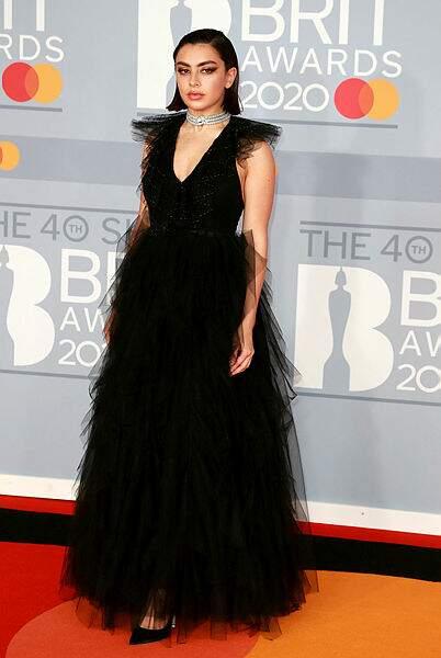 Charli XCX n'a malheureusement pas remporté le prix de la meilleure artiste féminine.