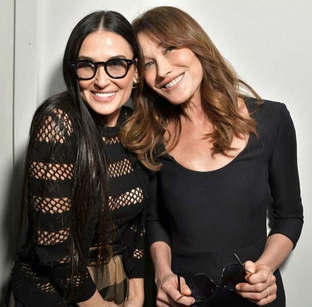 Et Demi Moore et Carla Bruni-Sarkozy, très heureuses de se retrouver !