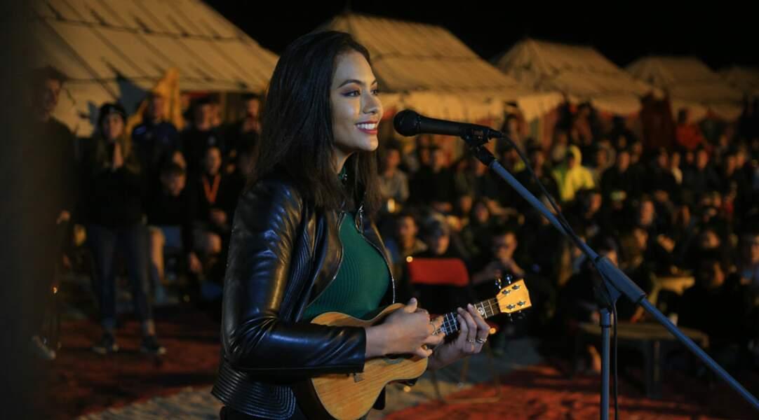Alors que son album sortira en avril, la jolie tahitienne de 25 ans est prête pour une tournée internationale...
