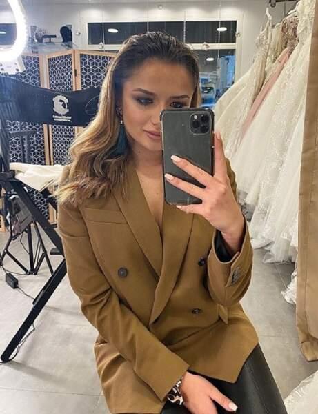 La petite nouvelle des Marseillais, Victoria Mehault, a posté une jolie photo d'elle dans le miroir