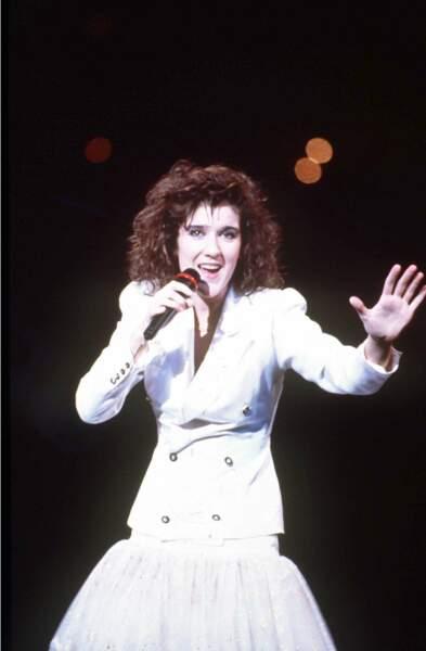 """""""Ne partez pas sans moi"""" . L'Eurovision en 1988 lui ouvre les porte d'une renommée internationale."""