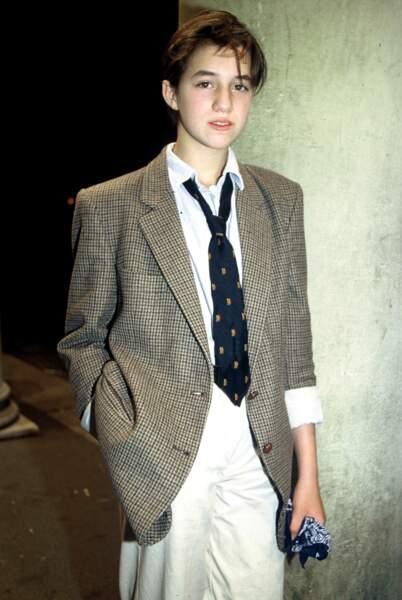 """Un look """"boyish"""" pour l'Effrontée, en 1986"""