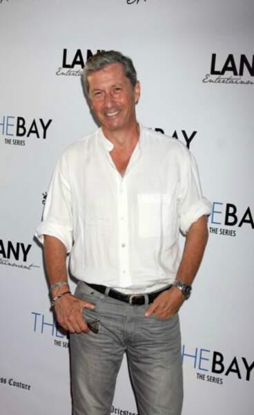 Charles Shaughnessy a fait des apparitions télé et a joué le rôle de Shane Donovan dans Des jours et des vies