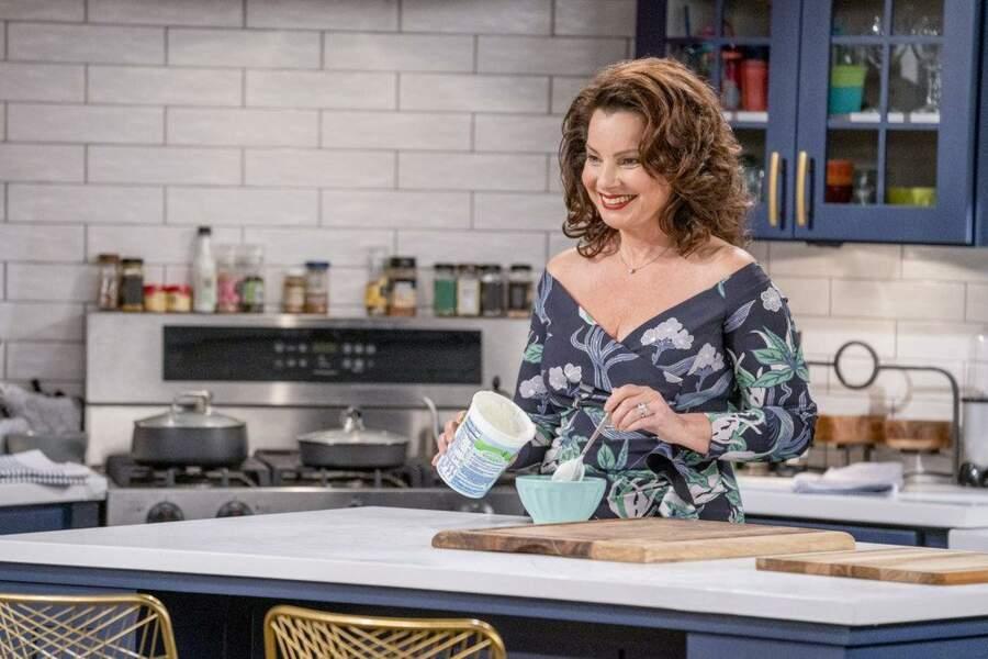En 2020, l'actrice revient à la télé dans la sitcom Indebted
